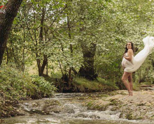 Fotos de embarazada en el campo Aurora e Isaac
