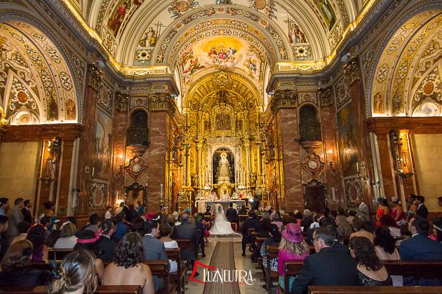 Fotos de Boda en La Basílica de la Macarena en Sevilla