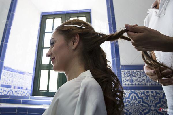 momentos previos de una boda el peinado de la novia