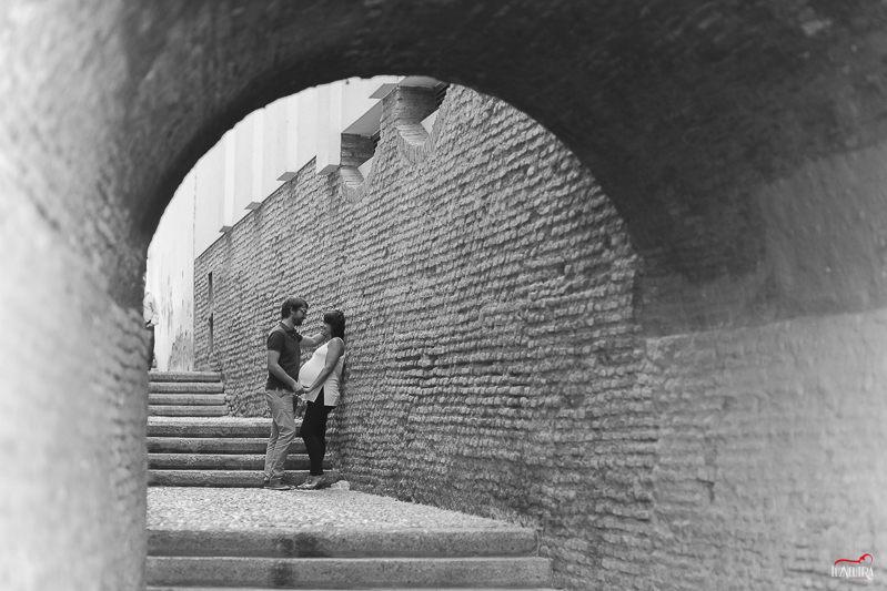 fotos de embarazada en Triana (Sevilla) Luz Neutra Fotografía